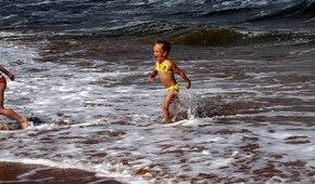Отдых в Крыму — песчаный пляж в Новоотрадном